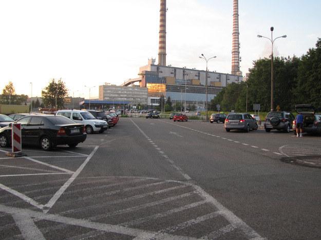 Na tym parkingu ojciec zostawił trzylatkę w samochodzie /Marcin Buczek /RMF FM