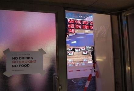 Na większość stoisk jest zamknięta. Trwają intensywne przygotowania. /INTERIA.PL