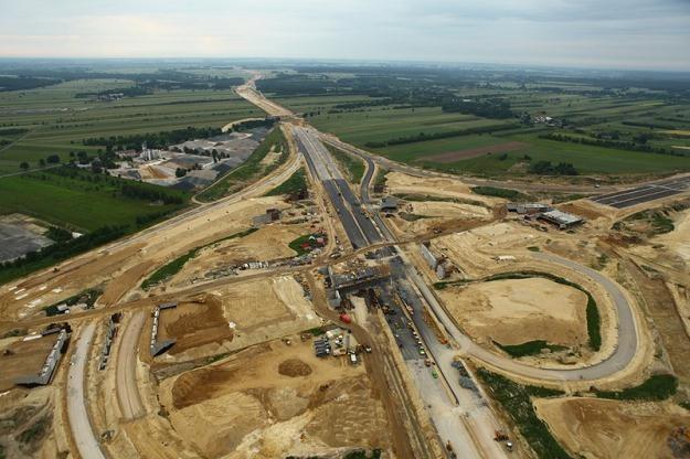Na wielu budowach dróg powstają opóźnienia / Fot: Krystian Trela /Reporter