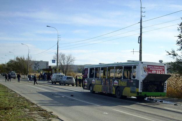 Na zdjęciu autobus, w którym doszlo do wybuchu /AFP
