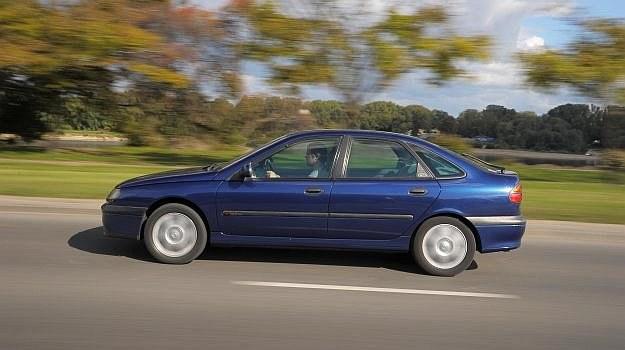 Na zdjęciu bezwypadkowy egzemplarz z 2000 r. z przebiegiem ok. 300 tys. km za 7,5 tys. zł. /Motor