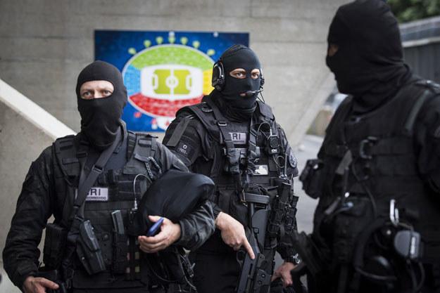 Na zdjęciu francuscy policjanci; fot. ilustracyjne /AFP