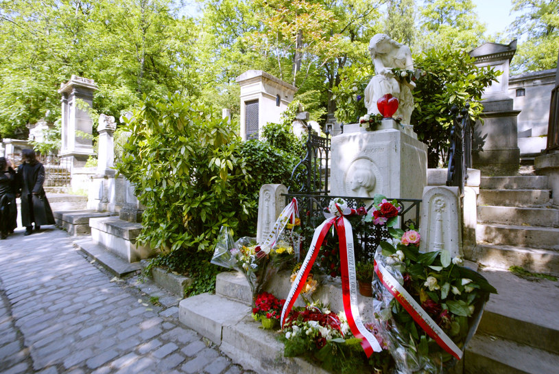 Na zdjęciu grób kompozytora w Paryżu /JOEL SAGET /AFP