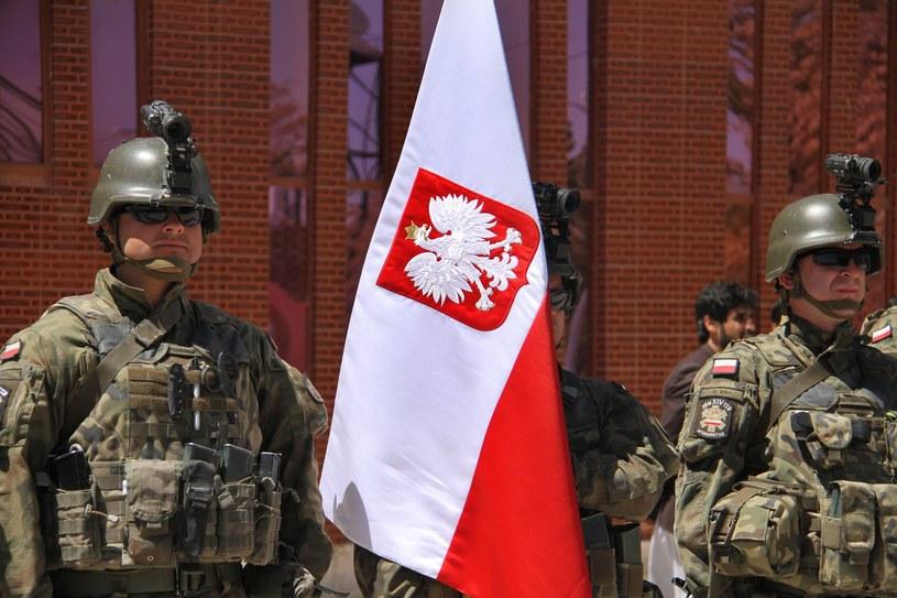Na zdjęciu polscy żołnierze podczas ceremonii opuszczenia Ghazni /PAP/EPA /PAP/EPA