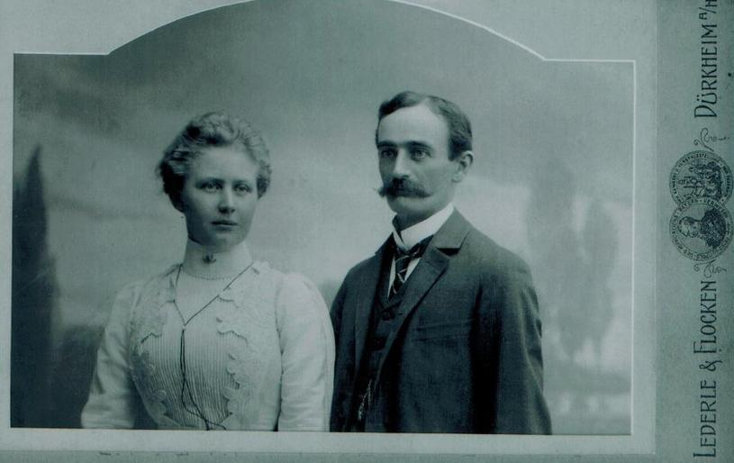 Na zdjęciu prawdopodobnie Elisabeth i Friedrich Trumpowie, dziadkowie Donalda Trumpa, zdjęcie datowane na 1902 rok /źródło: Der Spiegel, archiwum Rolanda Freund /