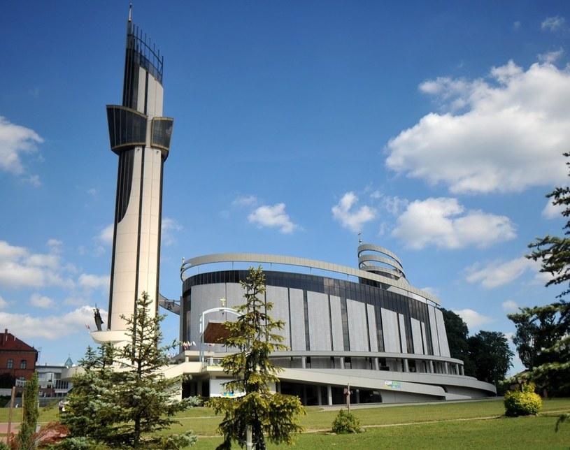 Na zdjęciu Sanktuarium Miłosierdzia Bożego w krakowskich Łagiewnikach /M. Lasyk /Reporter