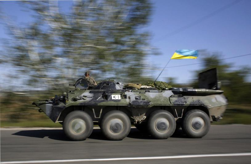 Na zdjęciu ukraińscy żołnierze w obwodzie donieckim, 3 września 2014 /ANATOLII STEPANOV /AFP