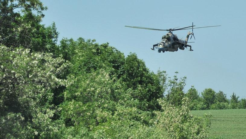 Na zdjęciu ukraiński helikopter w okolicach Słowiańska, 21 maja 2014 /GENYA SAVILOV /AFP