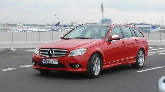 Na zdjęciu wersja benzynowa C 180 K Avantgarde z 2008 r. Orientacyjna cena takiego auta to 50-65 tys. zł. /Motor