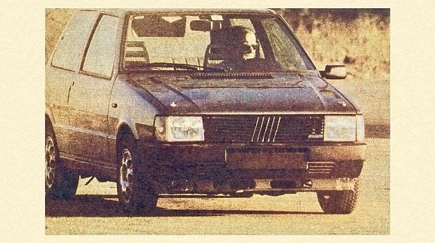 Na zewnątrz, poza szerokim ogumieniem, nic nie zdradza sportowego charakteru tego prototypu Uno z doładowaniem. /Fiat