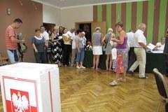 Nad morzem tłumy przy wyborczych urnach