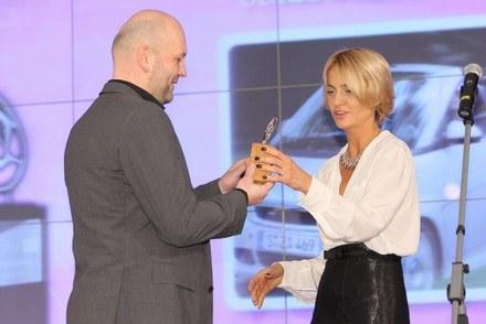 Nagrody wręczała m.in. Aneta Kręglicka / Kliknij /Auto Moto