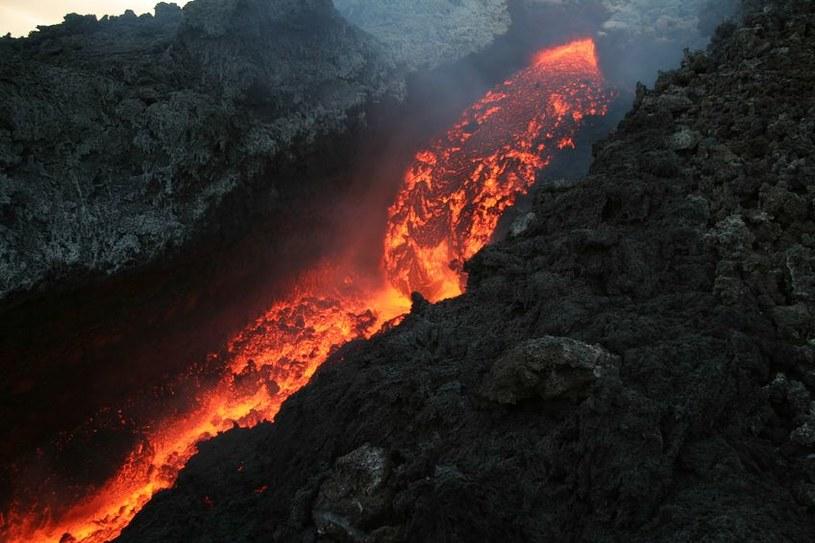 Najbardziej prawdopodobna wersja mówi, że zagładę permską wywołała gigantyczna aktywność wulkaniczna. /©123RF/PICSEL