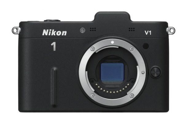 Najciekawszym elementem Nikona 1 V1 jest niewielka matryca CX /materiały prasowe