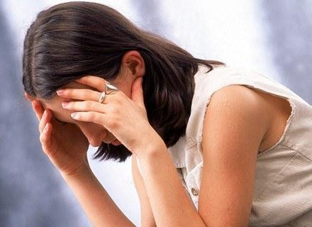 Najczęściej choroba ujawnia się w wieku dojrzewania.
