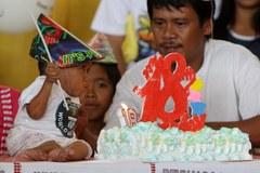 Najniższy człowiek świata obchodzi swoje 18. urodziny