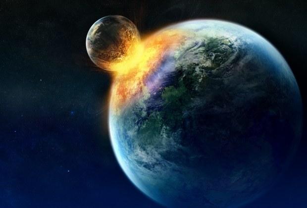 Najnowsza teoria zakłada, że Ziemia wchłonęła kiedyś planetę wielkości Merkurego. /YouTube