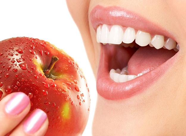 Najpierw zadbaj o zdrowie zębów /©123RF/PICSEL