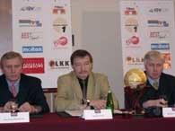 Najważniejsi ludzie w PLKK: (od lewej) Mieczysław Krawczyk, Wiesław Zych, Bogusław Witkowski /INTERIA.PL