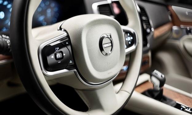 Najwięcej przycisków jest na kierownicy /materiały prasowe