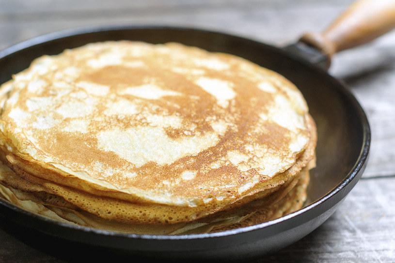 Naleśniki to doskonały pomysł na prosty i pożywny posiłek /©123RF/PICSEL