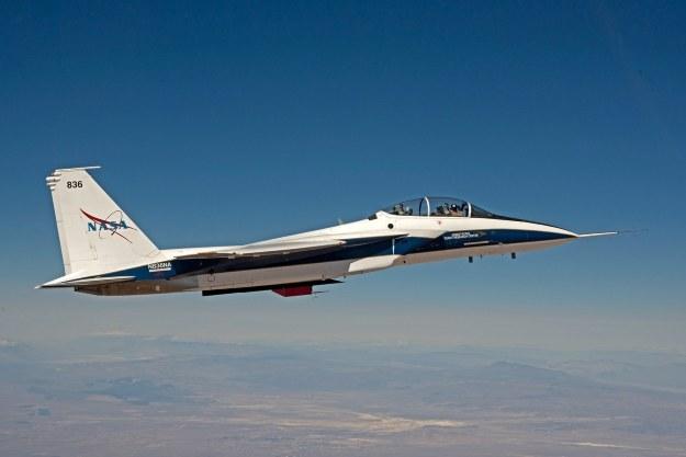 Należący do NASA myśliwiec F-15 testuje Eagle Aero Probe /NASA