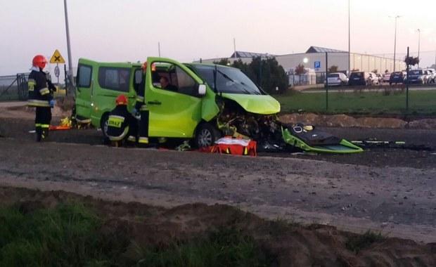 Namysłów: Bus wypadł z drogi. Pięć osób rannych