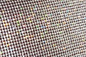 Nanodiamentowa nić lepsza od grafenu?