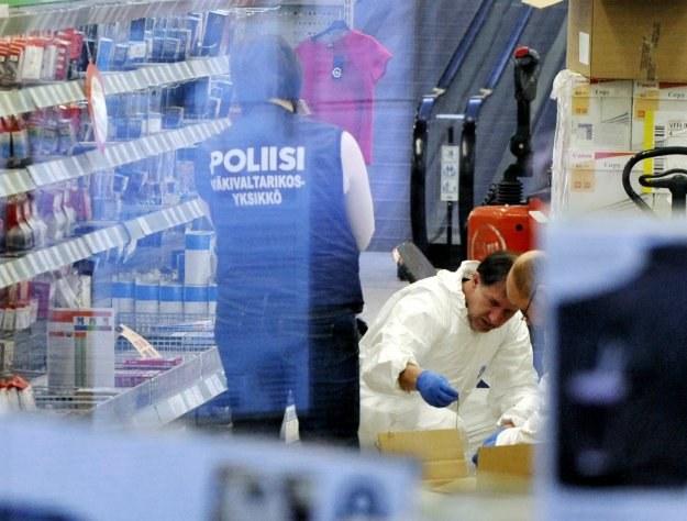 Napastnik nie wystrzelił żadnych kul w kierunku osób postronnych /AFP