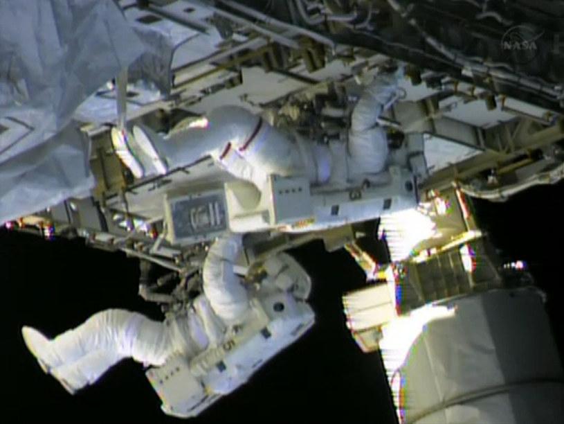 Naprawa ISS będzie wymagać wyjścia astronautów w otwartą przestrzeń /AFP