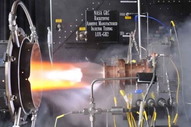NASA przeprowadziła test największego do tej pory silnika z elementami drukowanymi /NASA
