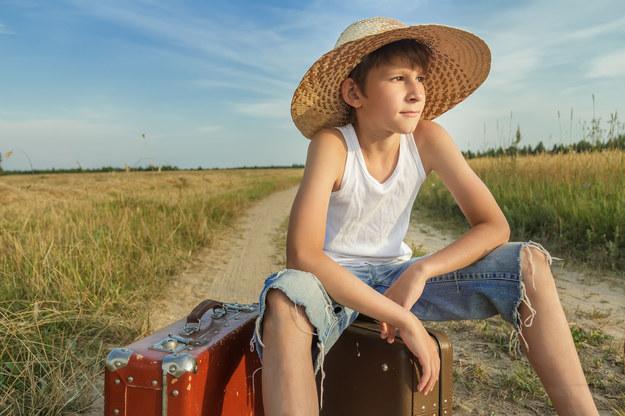 Nastolatek powinien mieć przy sobie jakiś dokument tożsamości. /123/RF PICSEL