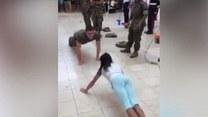 """Nastolatka, która """"pobiła"""" żołnierza"""