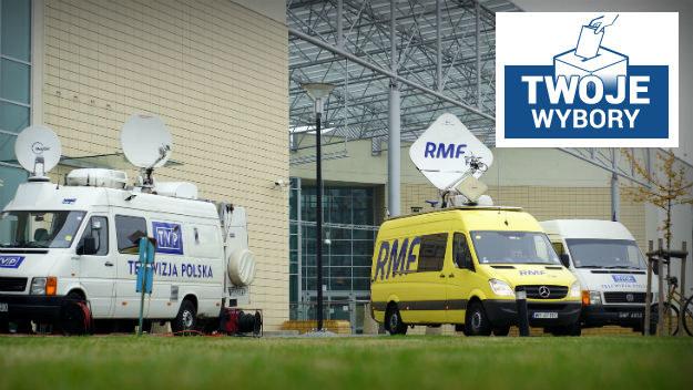 Nasze wozy satelitarne w Poznaniu /Michał Dukaczewski /RMF FM