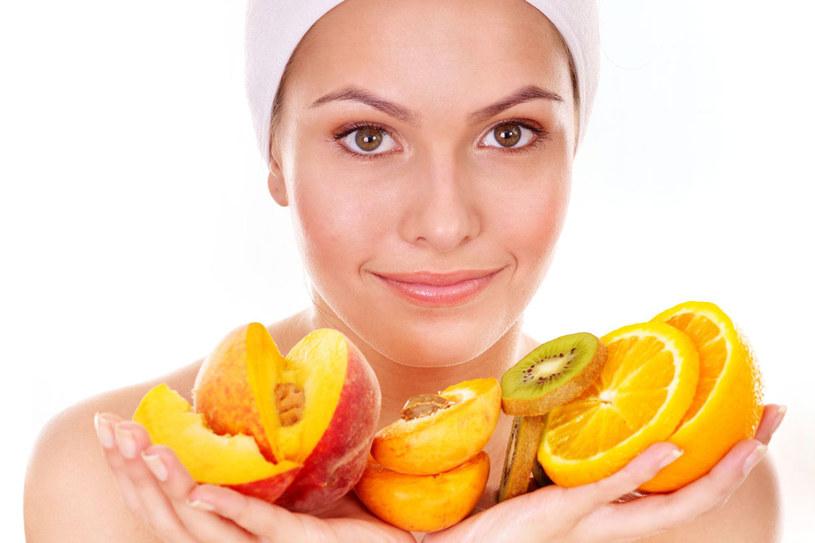 Naturalne kosmetyki to świetny sposób na codzienną pielęgnację /123RF/PICSEL