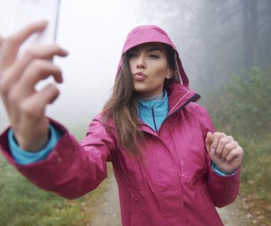 Naucz dziecko robić bezpieczne selfie