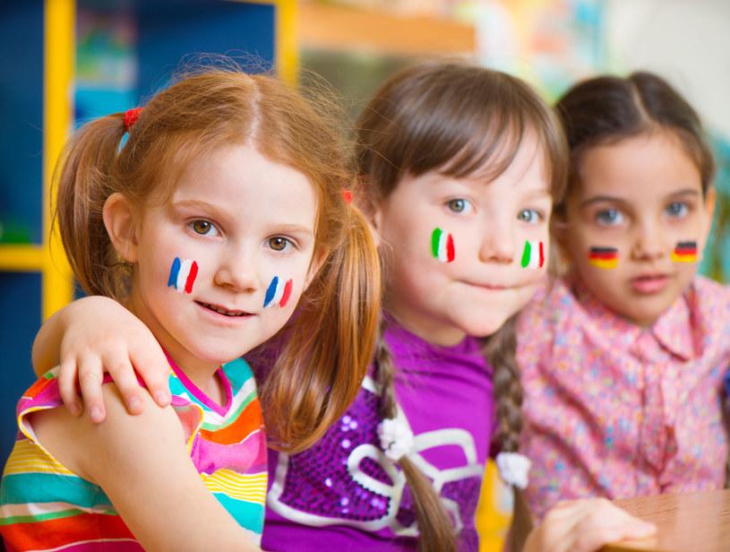 """Nauczenie się obcego języka należy zacząć od """"osłuchania"""" /©123RF/PICSEL"""
