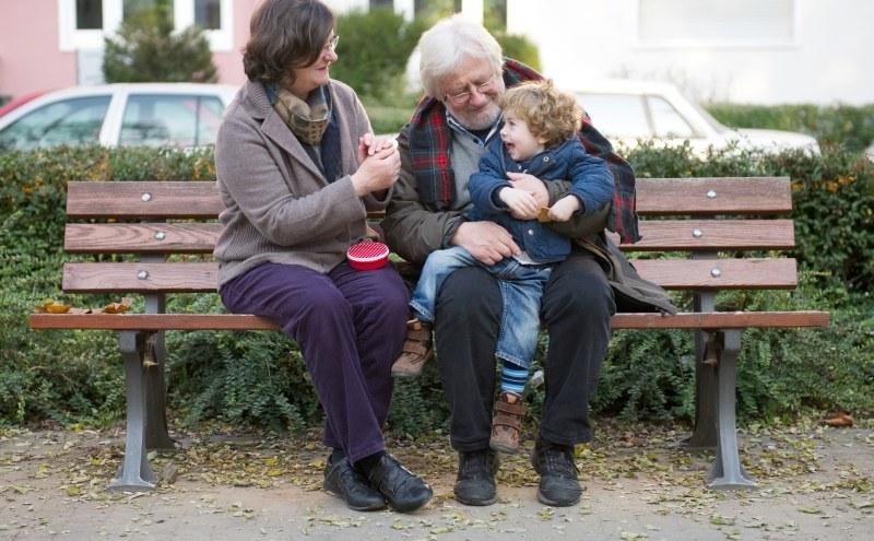 Nauka języków w późnym wieku może poprawiać pamieć na starość /DPA/Jan Haas    /PAP