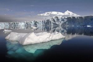 Naukowcy określili wiek pokrywy lodowej Antarktyki