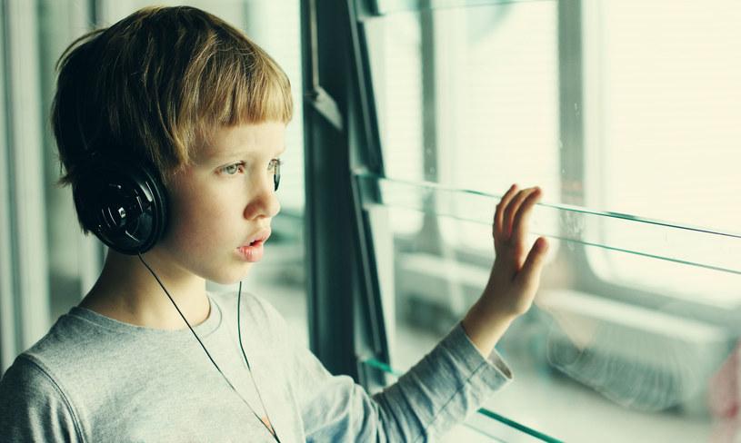 Naukowcy uważają, że autyzm można wykryć już u sześciomiesięcznych dzieci /©123RF/PICSEL