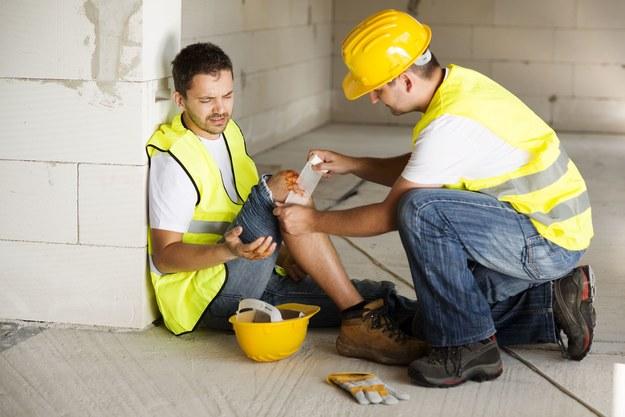 Nawet 500 tys. Polaków pracuje w niebezpiecznych warunkach /123RF/PICSEL