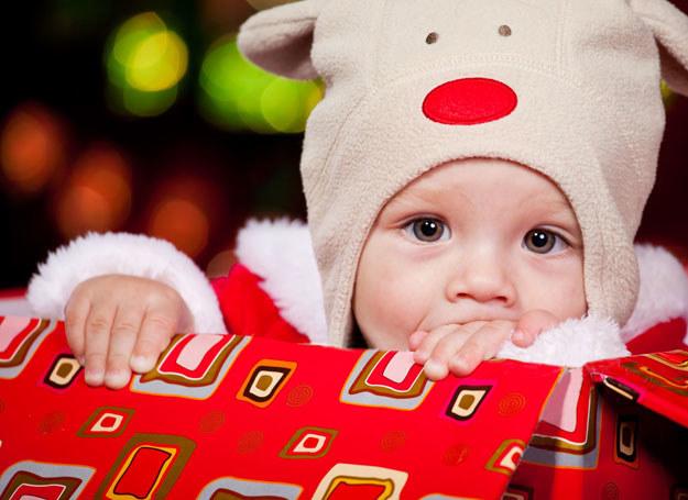 Nawet najmłodsze dzieci bardzo przeżywają Święta /123RF/PICSEL