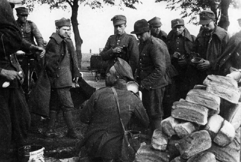 Nawet w obozie jenieckim polscy żołnierze nie mogli czuć się bezpieczni /Bundesarchiv /INTERIA.PL/materiały prasowe