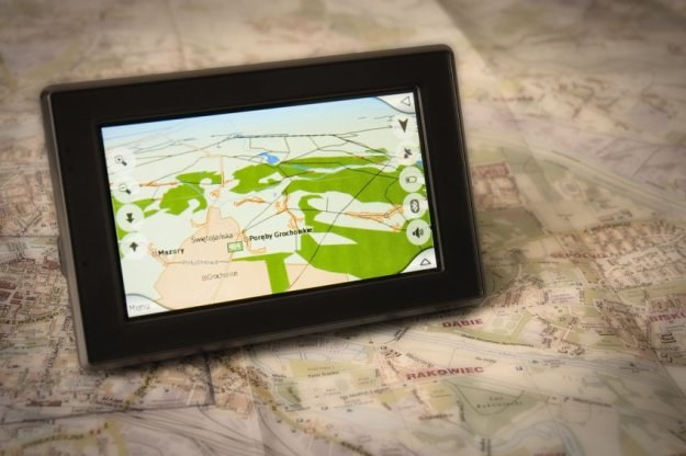 Nawigacja już dawno przestała być wyłącznie mapą w wersji elektronicznej. /©123RF/PICSEL