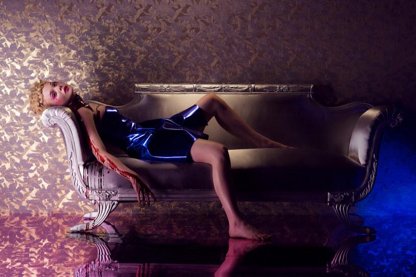 """""""Neon Demon"""": Brutalny świat seksownych modelek. Tylko dla dorosłych! /materiały prasowe"""