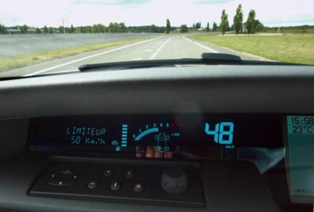 NeuFlow będzie pewnego dnia w stanie kierować samochodem /materiały prasowe