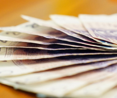 NEWS RMF FM: Płaca minimalna od nowego roku ma wynosić 2080 złotych