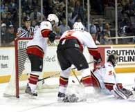 NHL traci fanów z dnia na dzień /Chris Reiko
