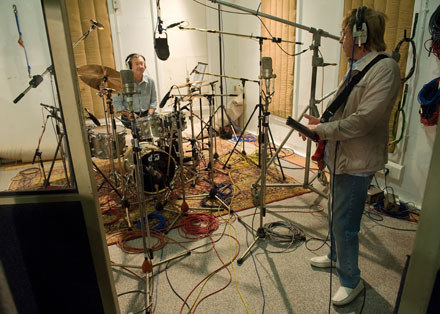 Nick Mason i Bill Wyman /arch. AFP