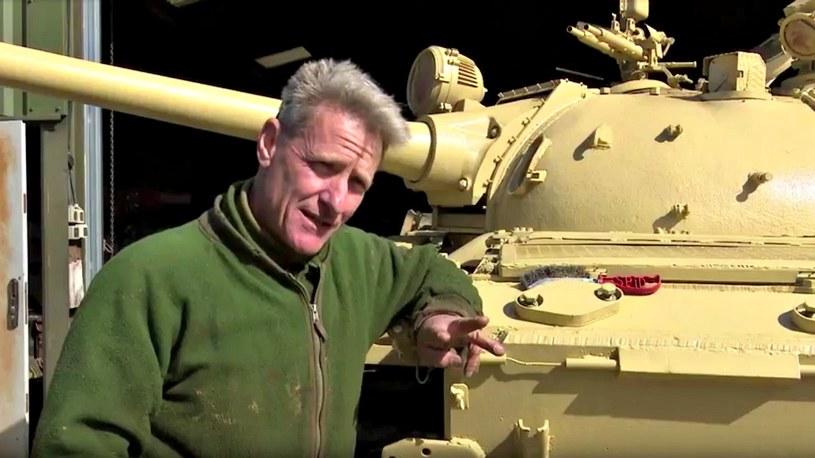 Nick Mead - szczęśliwy nabywca czołgu /YouTube
